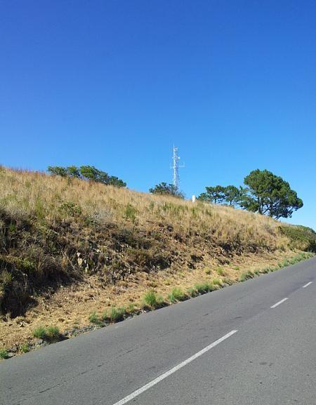 信号山上的信号塔,据导游说